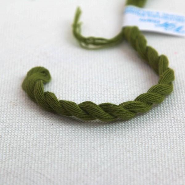Baumwollgarn, Farbe 3212, olivgrün hell